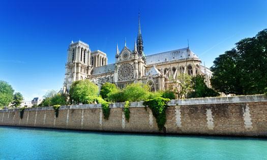 巴黎一日游 - 巴黎圣母院