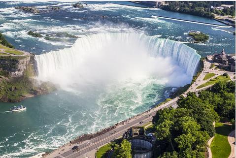 加拿大东部•多伦多+蒙特利尔+魁北克+渥太华+尼亚加拉•七日游(多伦多机场接送)