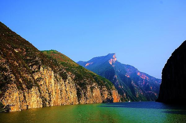 湘西张家界凤凰后续三峡十一日游