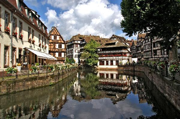 德国最爽温泉与法国最美小镇四日闲适之旅