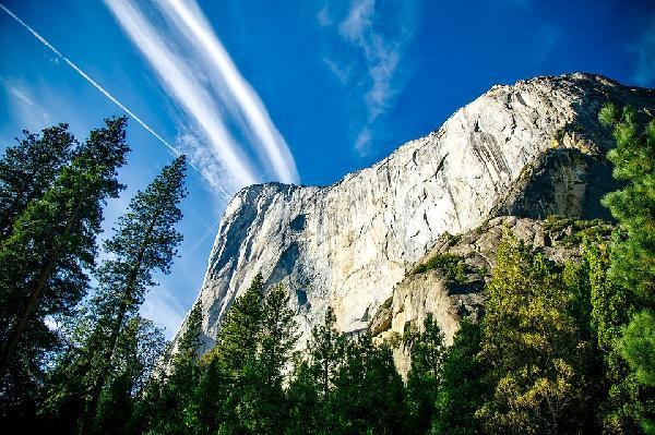 美国西部•环游美西-优胜美地·大峡谷·布莱斯峡谷·锡安·羚羊彩穴·黄石公园·大提顿·太浩湖·纳帕酒庄 十日游