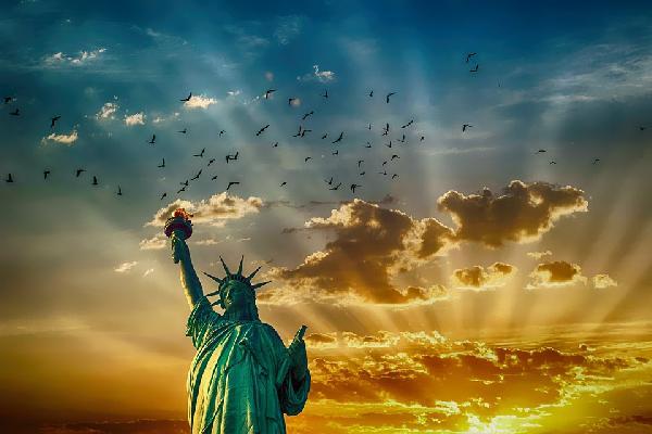 美东•纽约+华盛顿+尼亚加拉瀑布+波士顿 9日游 (美东深度休闲+五大名校+纽约深度游+奥特莱斯+1-2天自由活动+免费接送机)