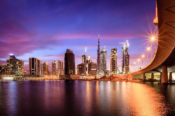 【免签】阿联酋迪拜+阿布扎比5天4晚(私家团·2人成团·天天发团·入住五六七八星奢华酒店)