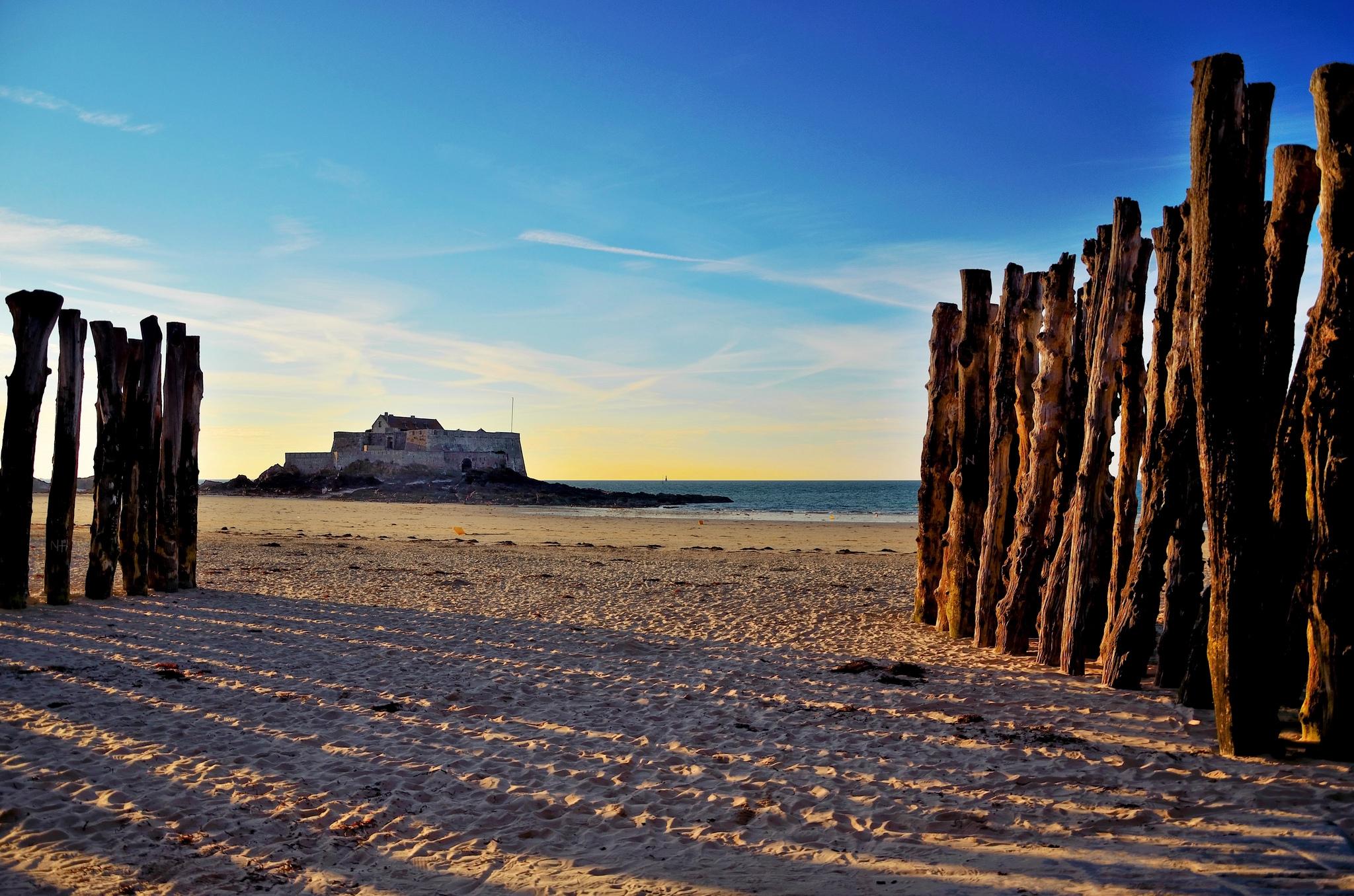 4星·朝圣诺曼底3日游E线·象鼻山+鲁昂美术博物馆+圣米歇尔山+海盗之城圣马洛+多维尔海滩·2人起订·铁定成团·2-6人小车团