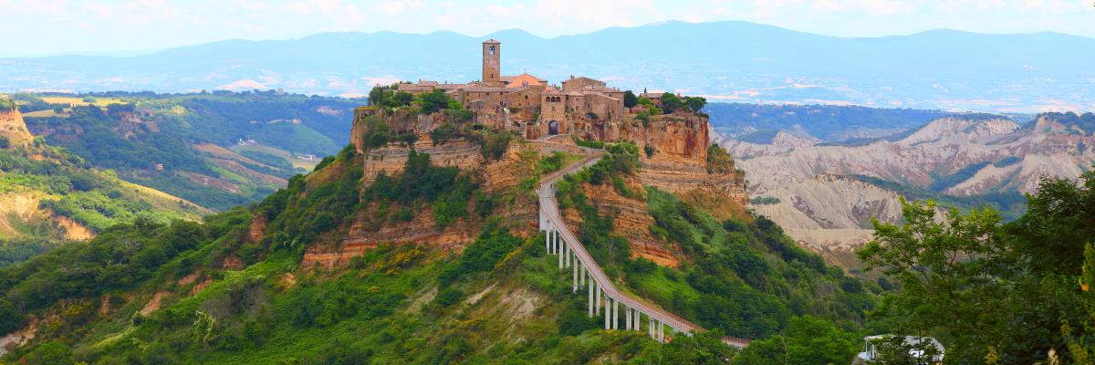意大利天空之城——白露里治奥(Civita di Bagnoregio)